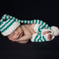 Green and White Christmas Boy Hat and Leg Warmers Set - Newborn icon