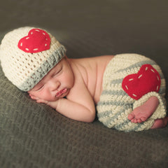 Striped Heart Crochet Hat and Pant Set for Newborns - Gender Neutral icon