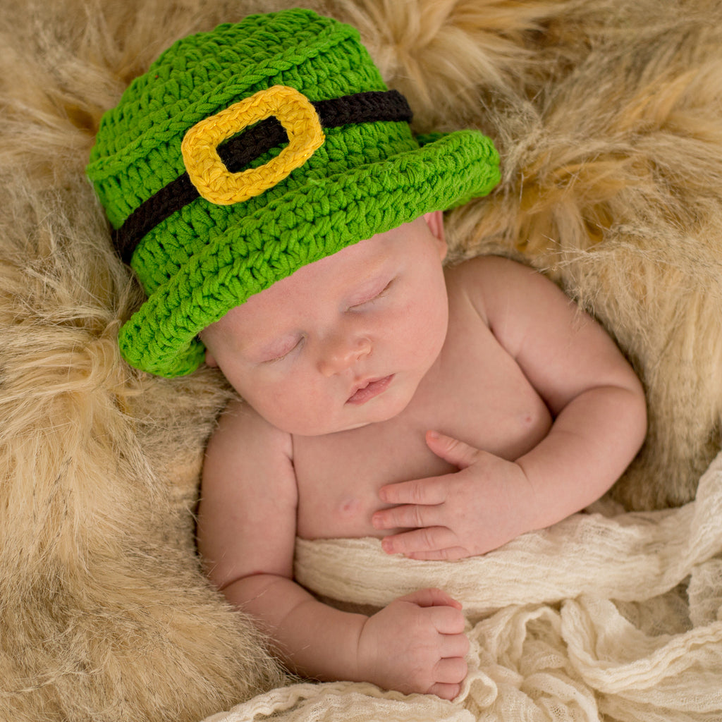 Shamrock Top Hat Newborn and Baby Hat - Perfect for Irish or St. Patrick's Babies!