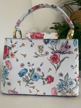 Load image into Gallery viewer, The Mum a Porter Cherry Bag