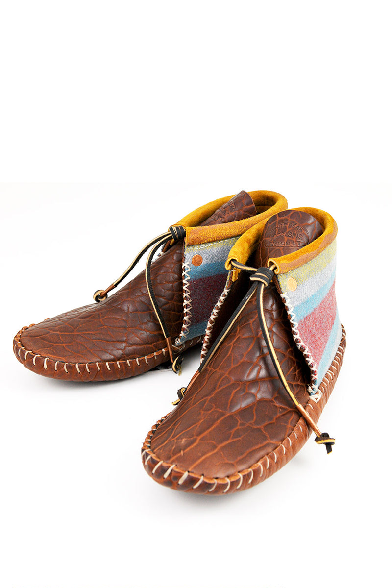 Gray Trade Cloth Chukka Moccasins - B.YELLOWTAIL