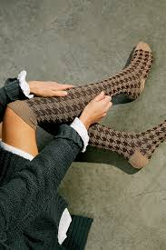 Hounds Tooth Over The Knee Sock