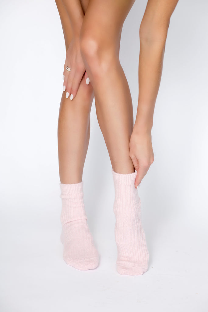 Cashmere Socks – Powder Pink