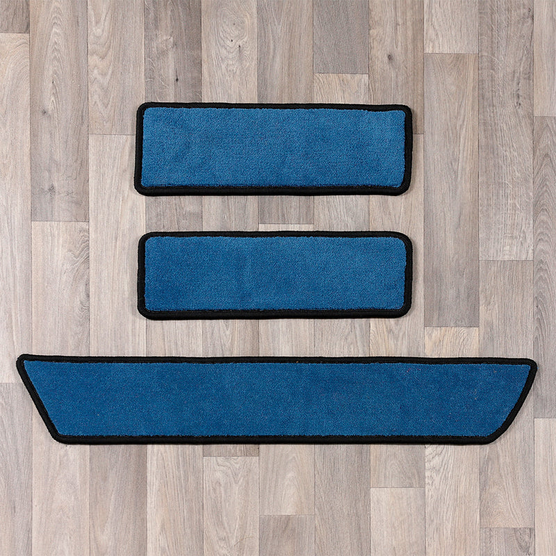 T6.1 December 2019 onwards side step rugs in blue and black colours