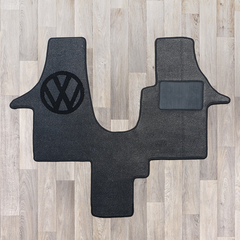 t6 cab rug for 1 plus 1 seat arrangement shown in dark grey and black with VW logo