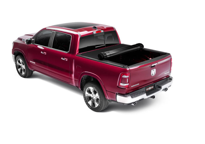 Ram 1500 (DS) Sentry CT Hard Roll-Up Tonneau Cover