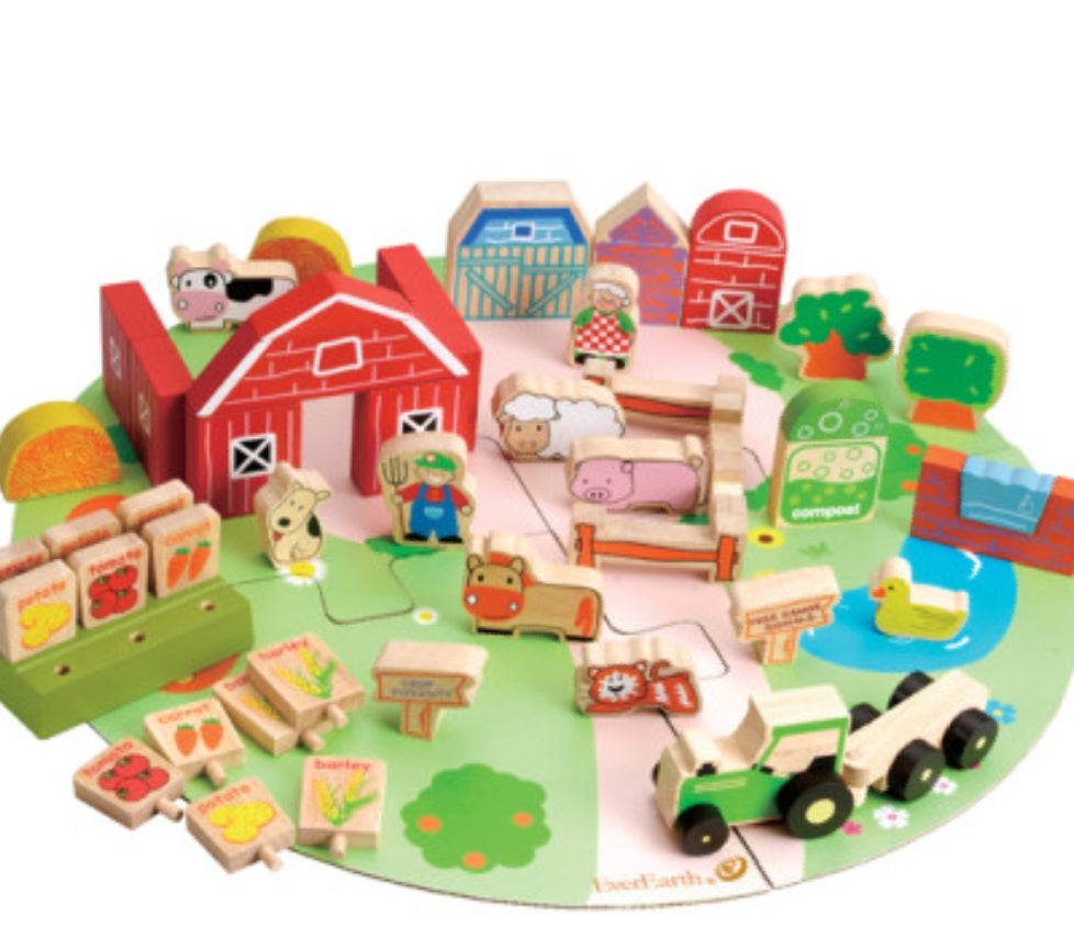EverEarth Organic Farm Play Set