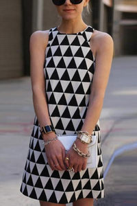 Round Neck Geometric Sleeveless Bodycon Dresses