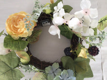 "Load image into Gallery viewer, 6""Candle Ring - Rose Hydrangea"