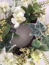"Load image into Gallery viewer, 6""Candle Ring - Hydrangea Berry"