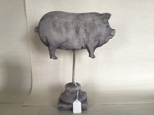 "Pig Profile on Stand - 10"" H"