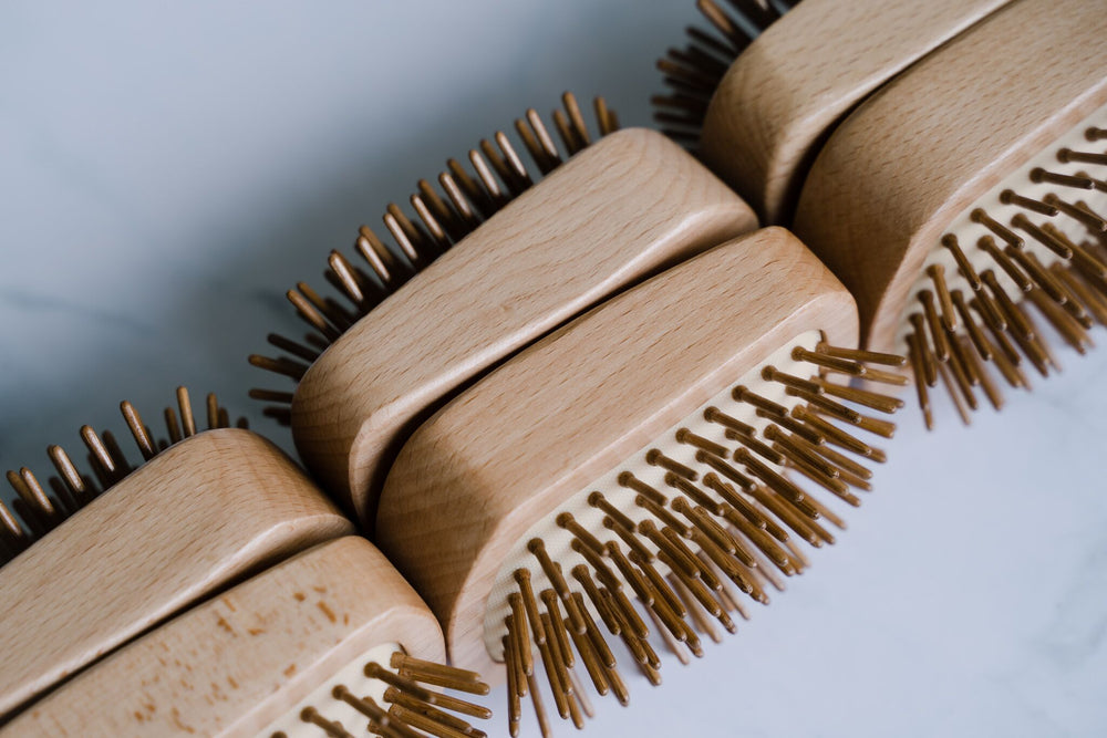 Zerocare_bamboo_detangle_hairbrush