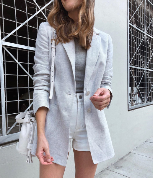 gray linen blazer | Girlmeetsgold | The Dallant | Fashion trends