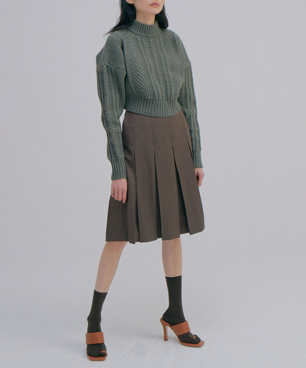Cropped cable knit sweater in khaki | WNDERKAMMER | The Dallant | Korean fashion designers