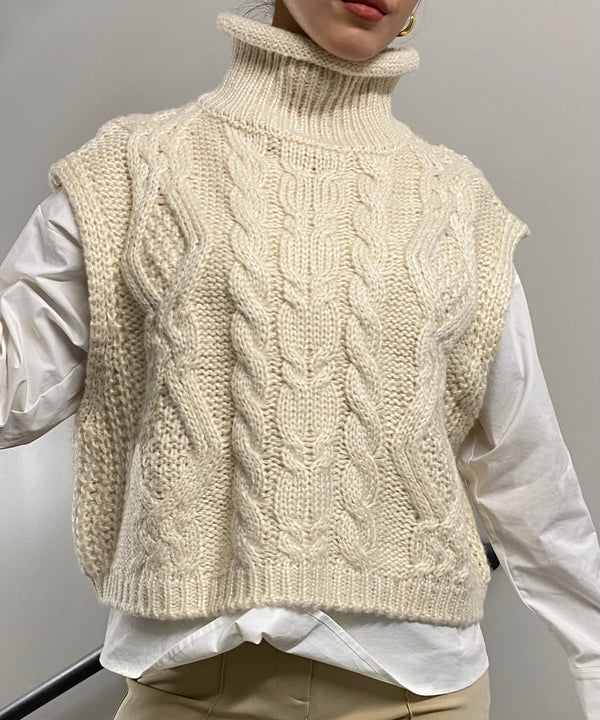 Cropped turtleneck cable knit vest | The Dallant | Korean Independent Designers