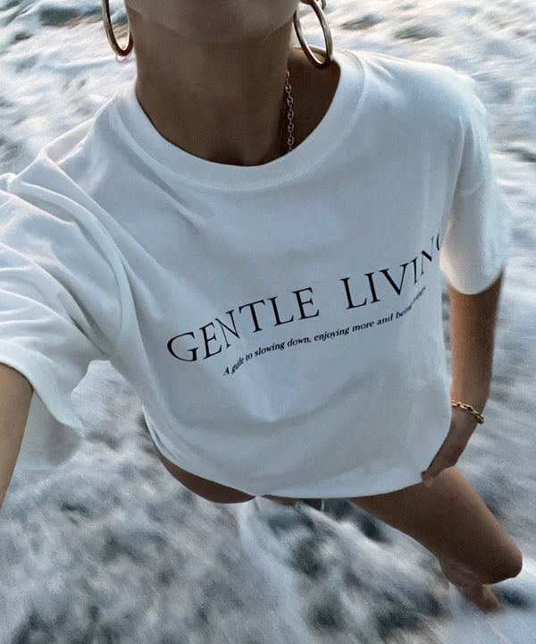 'Gentle Living' basic t-shirt - White - Intentional Love - The Dallant