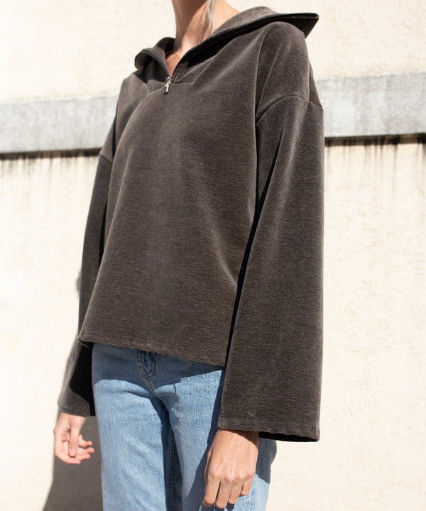 Oversized half-zip velour sweatshirt | The Dallant | Korean Independent Designers