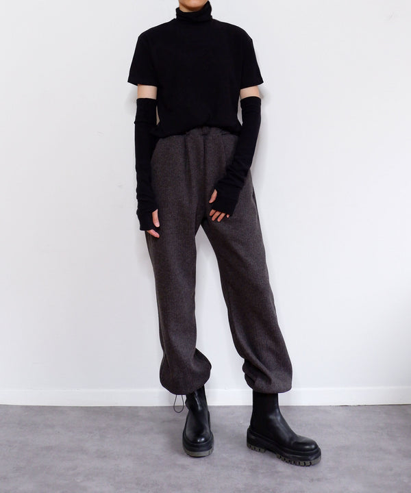 Ribbed turtleneck & fingerless armwarmer gloves set in black | The Dallant | Korean Fashion Designers