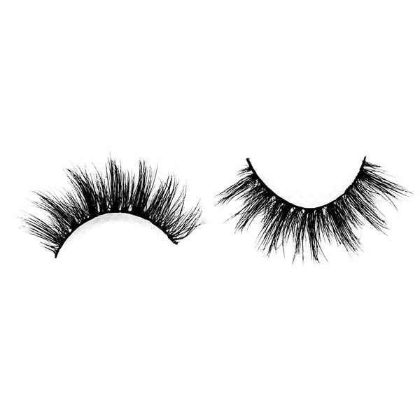 "London-Medium Volume-Fun, flirty, and casual 3D Mink lashes. ""London"" is a super cute, wispy, natural pair of lashes! They're essential for your everyday lash collection. The alternating lengths are perfect for giving you a doll eyed look. The perfect style for a girl on the go with/without glam. Also available in our ""Wispy (3-Pack)"" and ""Best Sellers (3-Pack)."" Description Handmade, Cruelty-Free, Wear up to 30x Material: 100% Mink Band: Black Cotton Band Volume: Medium Style: Wispy, Flirty, Do"