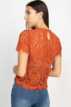 Load image into Gallery viewer, Floral + Lace Trim Blouse