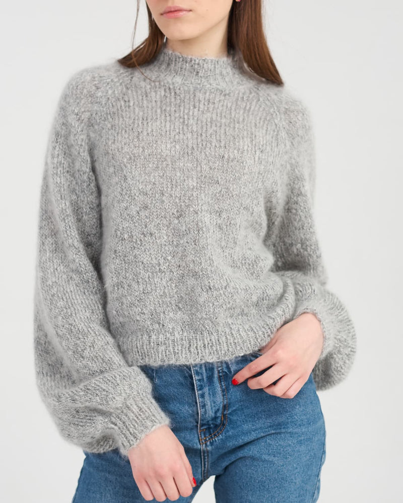 Short mohair sweater with puff sleeves
