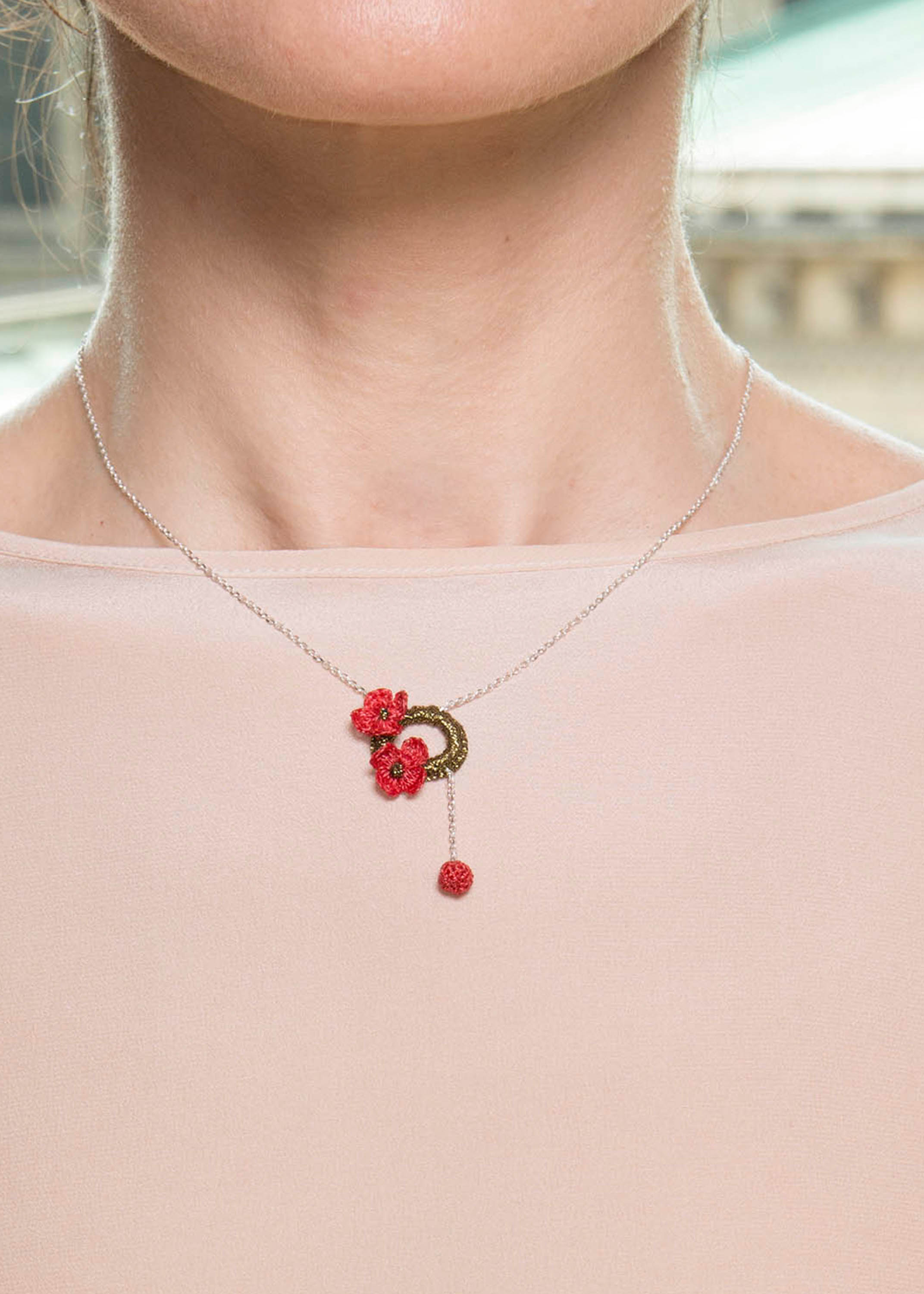 Poetic Flowers Necklace