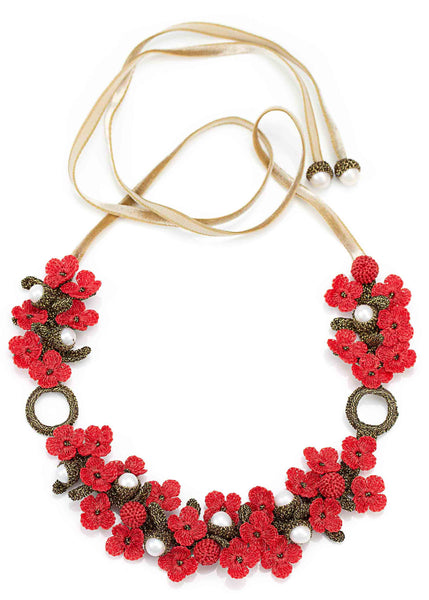 Atelier Godolé Chenonceau coral necklace in pearls, flowers, ruban