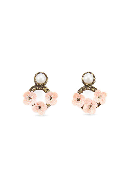 Atelier Godolé pink earrings with flower and pearls Azay le Rideau