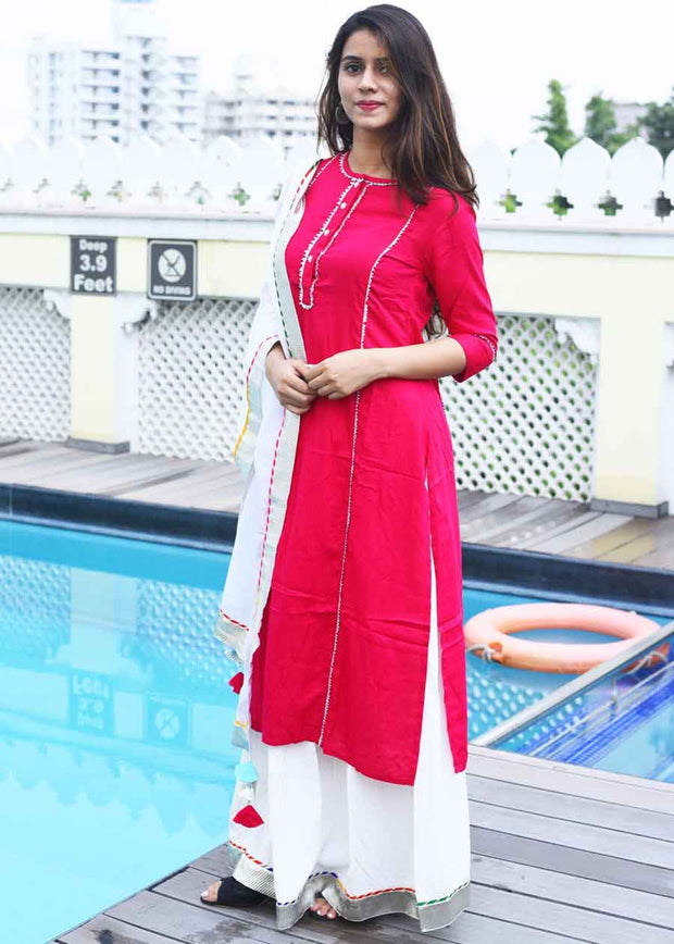 Thread & Button Women's Cotton Solid Suit Set in Red