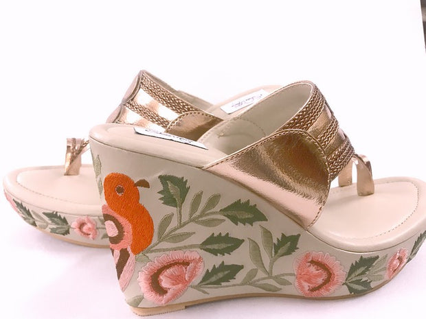 Sole House Women's Vegan Leather Kolhapuri Wedges in Cream and Rose Gold