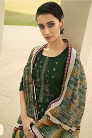 Latest Indian Salwar Kameez For Women