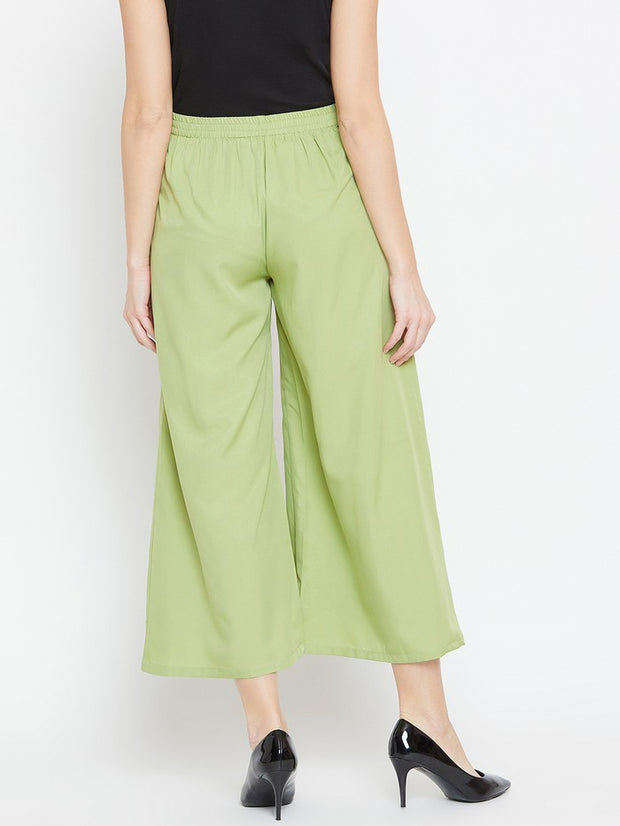 Parallel Trousers in Green