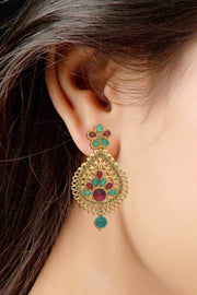 Alloy Stud Earring in Red and Green