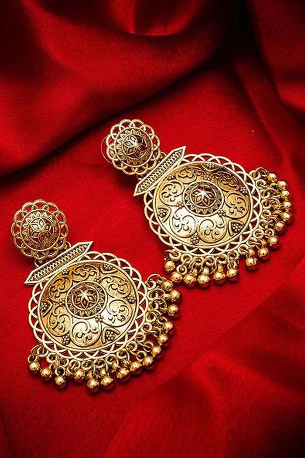 The Luxor Women's Alloy Chandbali Earrings in Gold