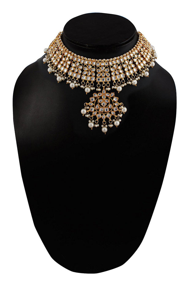 Alloy Necklace with Earrings and Maang Tikka in white