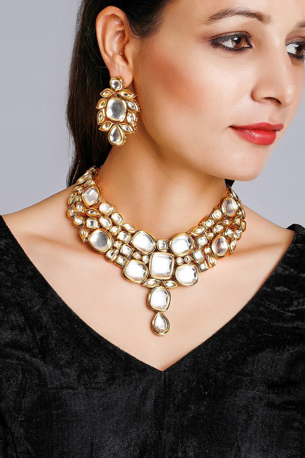 Women's Alloy Necklace and Earring Sets in White