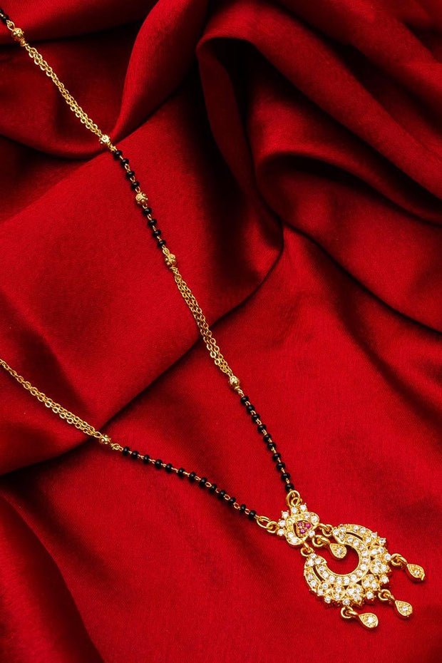 The Luxor Women's Alloy Mangalsutra Sets in Gold