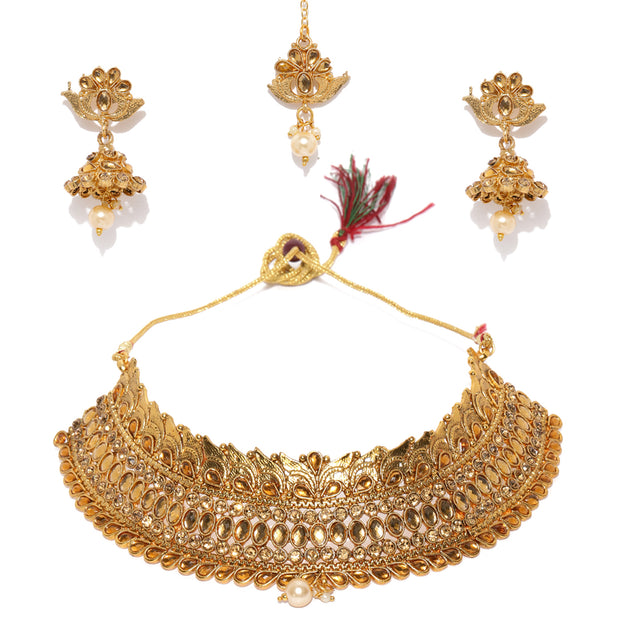 Alloy Necklace and Maang Tikka Set in Gold