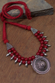 Women's Alloy Necklace in Maroon