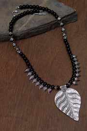 Women's Alloy Necklace in Black