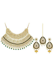 Women's Alloy Necklace Set in White and Black