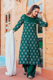 Thread & Button Rayon Printed Suit Set in Green