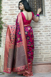 Latest Saree Design For Wedding Party