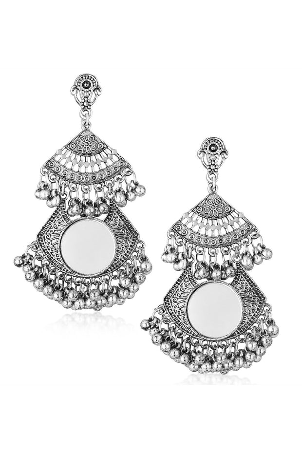 Alloy Drop Earrings in White