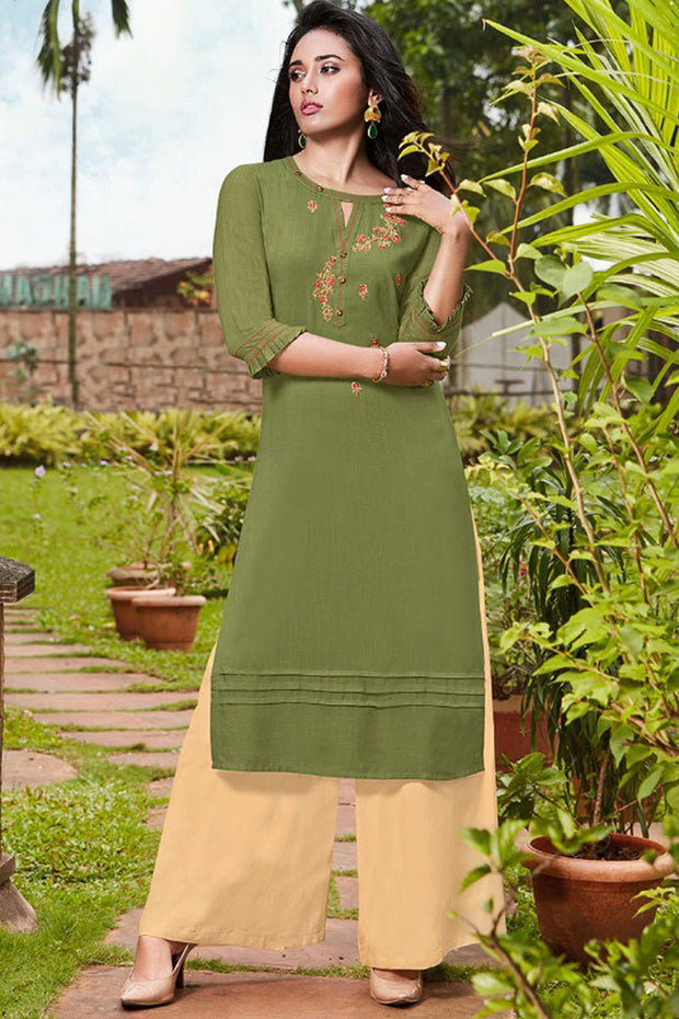Rayon Embroidered Top Set in Green