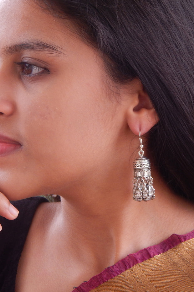 Women's Alloy Jhumka Earrings in Silver