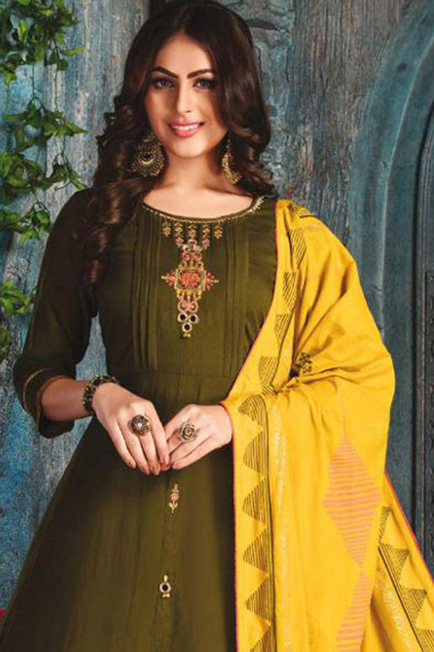 Chanderi Embroidered Top Set in Dark Green