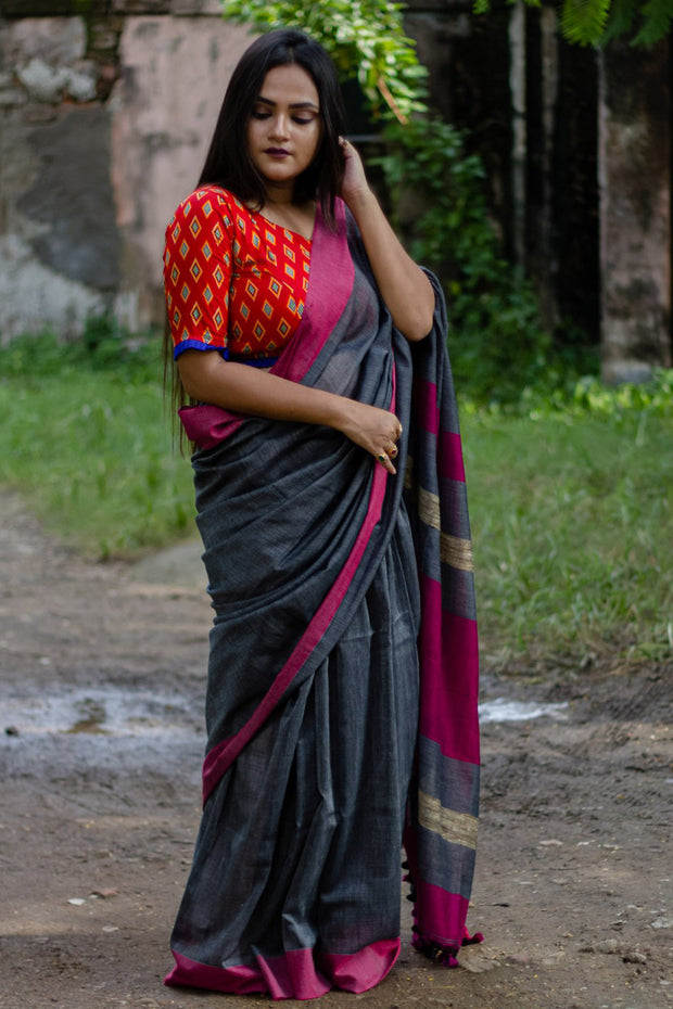 Cotton Plain Saree in Pink and Grey