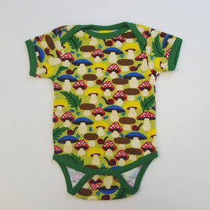 Duns Sweden SS body suit - Mushrooms - Green ***LAST ONE size92 (2years)