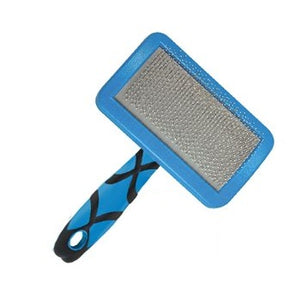 Groom Professional slicker brush